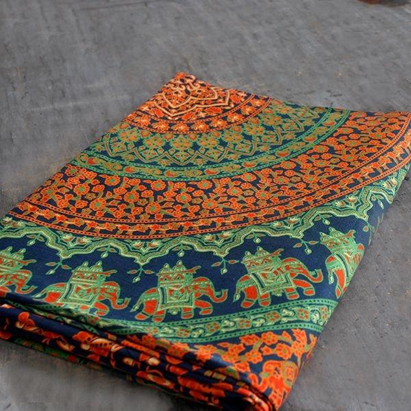 tentures mandala indiennes d coration artisanale par. Black Bedroom Furniture Sets. Home Design Ideas