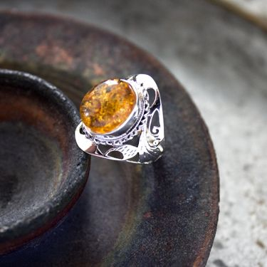 Indian silver and amber stone ring S6
