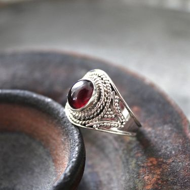 Indian silver and garnet stone ring Size choice