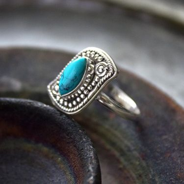 Indian silver and turquoise stone ring S9