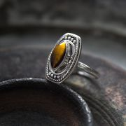Indian silver and tiger stone ring S8