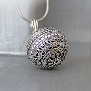 Indian metal singing pendant big size