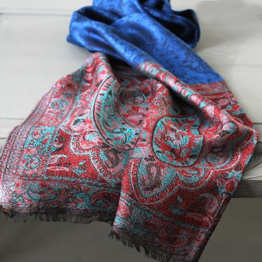 Indian Jamawar cotton scarf blue and red
