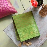 Indian handicraft table runner Sandhya green