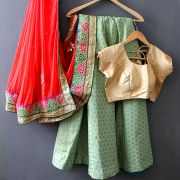 Indian skirt Lehenga with Chuni red and green