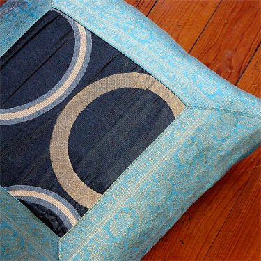 Cushion cover Satin blue L37