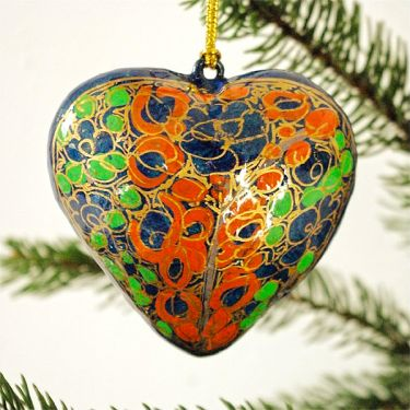 Indian christmas heart pendant paper mache