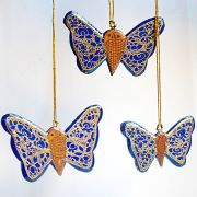 Suspension 3 papillons de Noël artisanale bleue