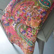 Indian handicraft bed cover Kantha pink and green