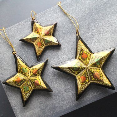 3 Christmas stars handicraft pendants gold and black