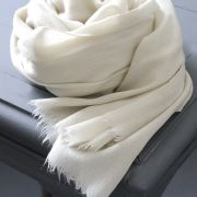 Indian cashmere woolen scarf diamond off-white