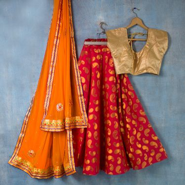 Indian skirt Lehenga with Chuni orange and red
