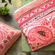 Indian printed bedcover + pillow Pink and white