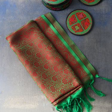 Indian handicraft table runner red and green