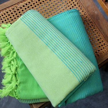 Indian sofa or bed cover cotton green
