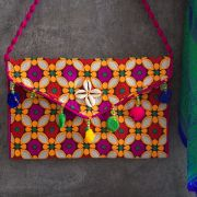Pochette indienne artisanale Kuch rose et orange