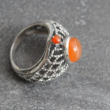Indian silver ring with cornelian stones S8.5