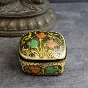 Indian handicraft papier mache box white