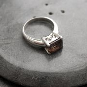 Indian silver ring with smokey topaze S9