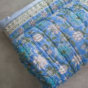 Indian vegetal cotton quilt Rajai blue and white