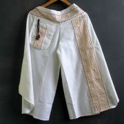 Ethnic cotton pants 3/4 white color