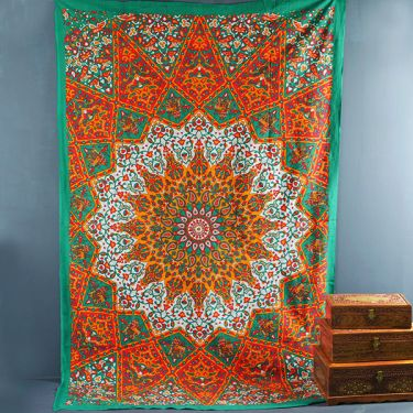 Indian cotton wall hanging Mandala green and red