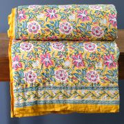 Indian cotton vegetal quilt Rajai yellow and white
