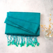 Nepalese handcrafted scarf Chakra green