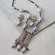 Indian jewelry set ethnic design black and red
