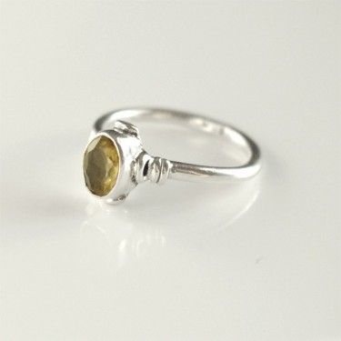 Indian silver ring and citrine T56