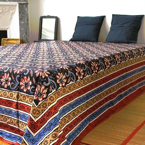 dessus de lit indiens imprim s propos s par pankaj boutique. Black Bedroom Furniture Sets. Home Design Ideas