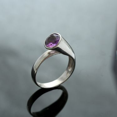 Indian silver and amethyst stone ring S8