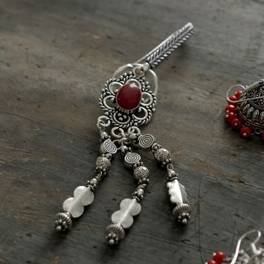 Keychains Indian Satka red