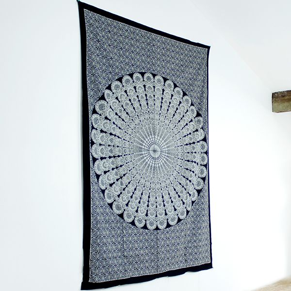 Tenture mandala indienne d coration traditionnelle par for Decoration murale mandala