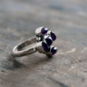 Indian silver ring with amethysts S7.5