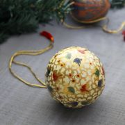 Christmas handicraft pendant ball white and gold