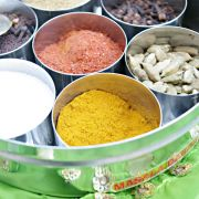 Indian masala box and 7 spices Package